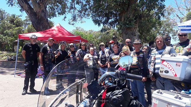 Motociclistas solidarios en Reyes: juntan juguetes para niños del Pereira