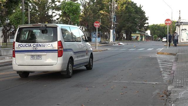 Motociclista de 20 años murió tras chocar contra un camión en San Carlos