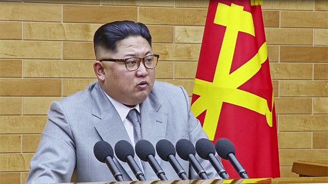 """Nueva amenaza de Kim Jong-Un: """"tengo el botón nuclear en mi oficina"""""""