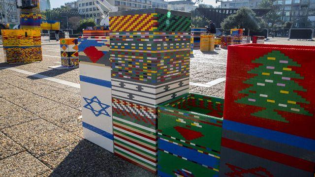 Construyen en Israel la torre de Lego más alta del mundo
