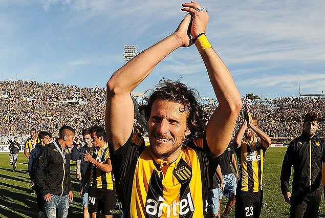 Diego Forlán muy cerca de volver a Peñarol