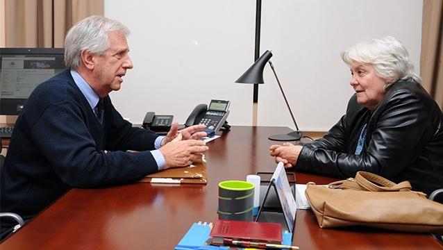 Vázquez viajó a México y Topolansky asume la Presidencia por 5 días