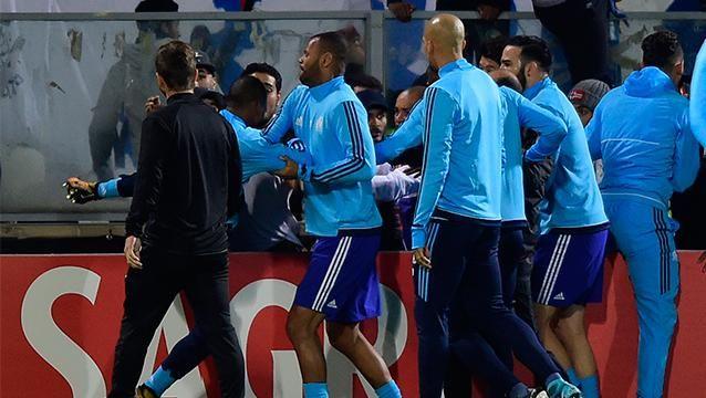 Evra deja el Marsella y la UEFA lo suspende de competiciones europeas