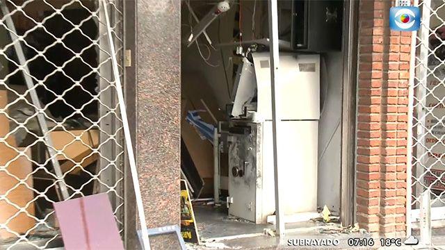 Cuarto intento de explotar un cajero con gas: no pudieron llevarse el dinero