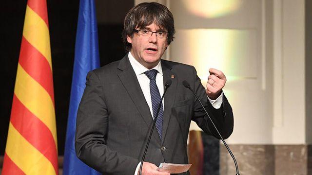 Puigdemont interpela a la UE y denuncia golpe de Estado contra Cataluña