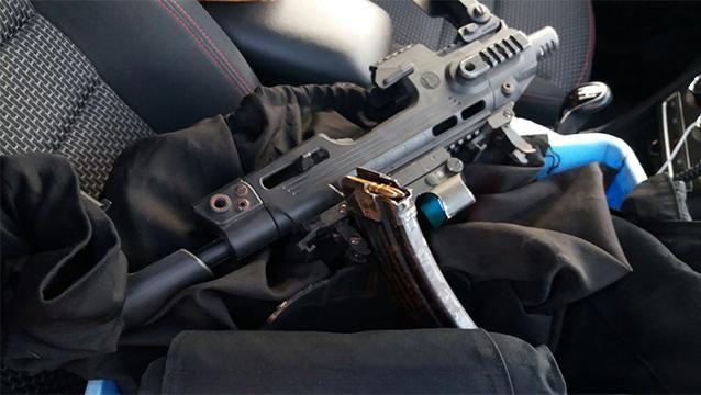 Un muerto y dos heridos tras intenso tiroteo entre bandas de delincuentes