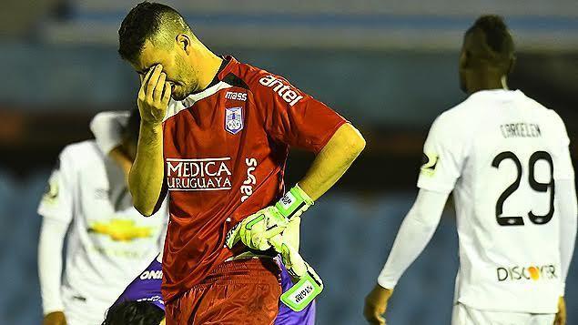 Defensor jugó mal y quedó eliminado de Copa Sudamericana por Liga de Quito