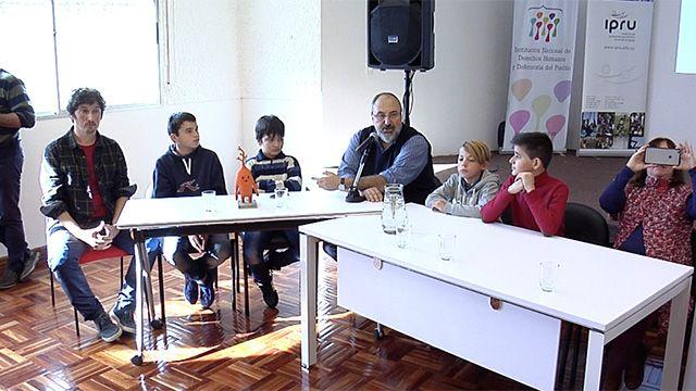Niños y adolescentes uruguayos crearon el videojuego ¿Qué Pasó?