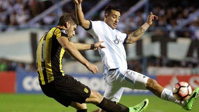 Peñarol eliminado de la Copa tras perder con Tucumán