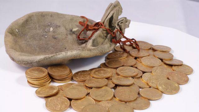 Afinador de piano descubrió tesoro de más de medio millón de dólares