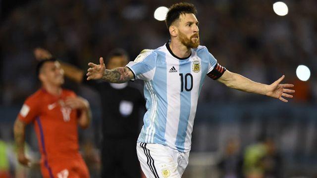 Con gol de Messi de penal, Argentina le ganó 1-0 a Chile un partido caliente