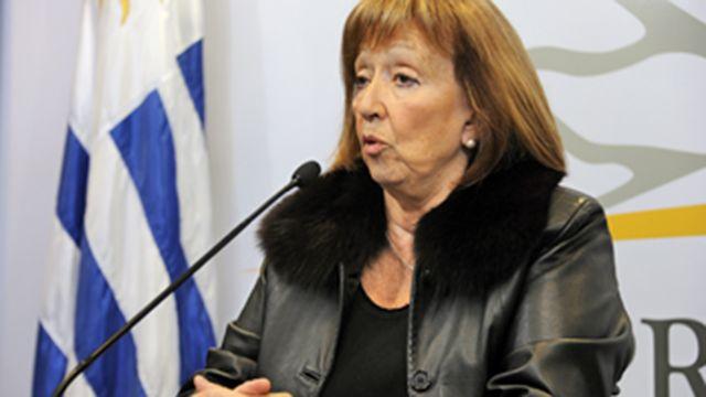 Ministra de Educación admite que pedir esencialidad no fue acertado