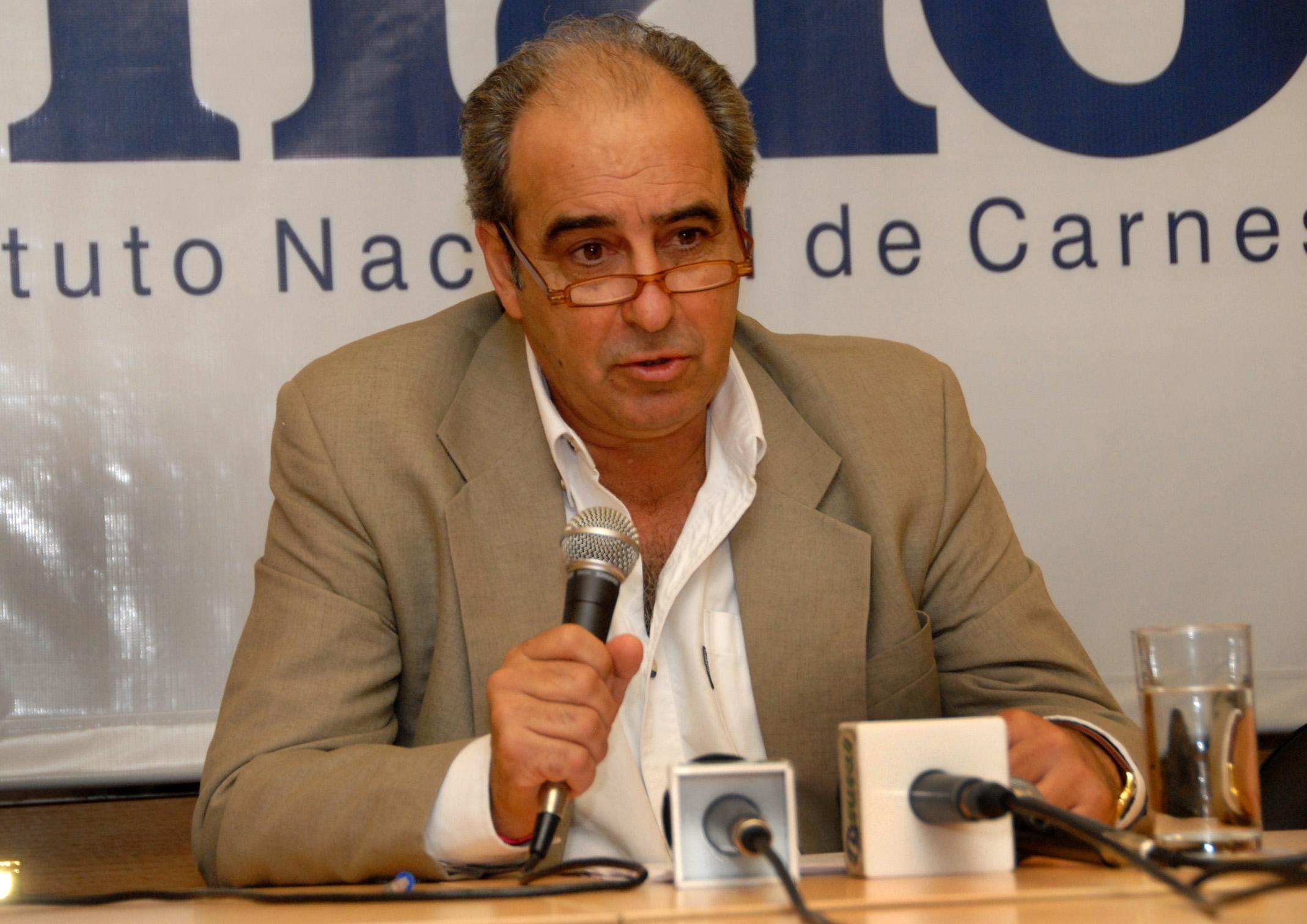 Infundio en Whatsapp sobre Mujica, Topolansky y Sendic irá a la justicia
