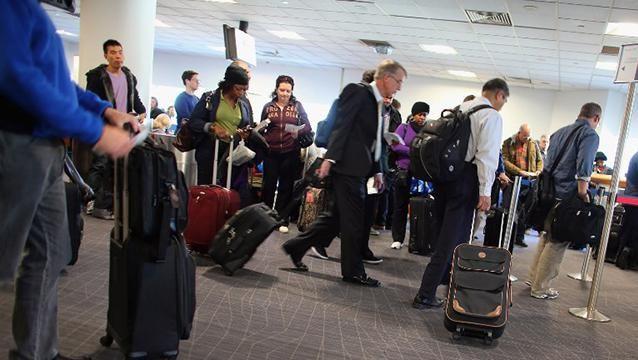 EEUU prohíbe computadoras y tabletas en vuelos procedentes de Medio Oriente