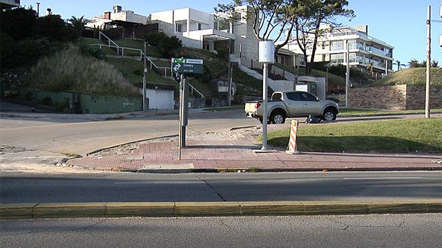 Colocaron un nuevo radar para controlar tránsito en La Rambla y Coimbra