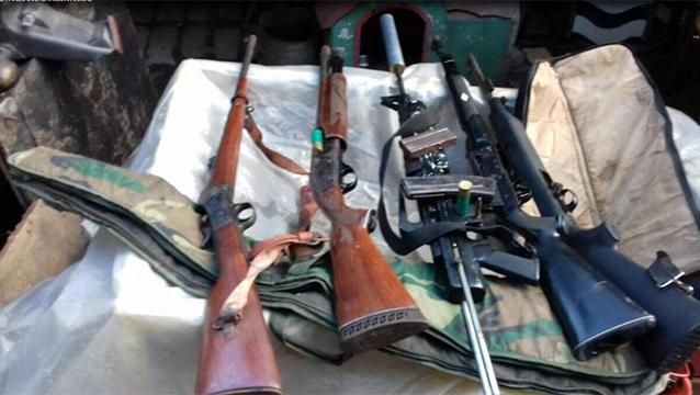 Incautaron armas largas y drogas en un allanamiento en La Teja