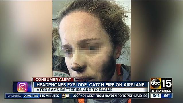Auriculares le explotaron en la cara a un mujer en un avión