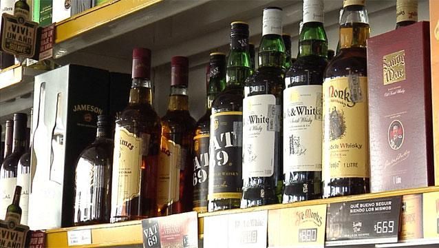 Comerciantes rechazan la prohibición de vender alcohol de 22 a 08 horas