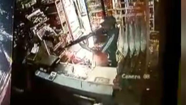 La Policía busca a un ladrón que asaltó varias panaderías con un fusil