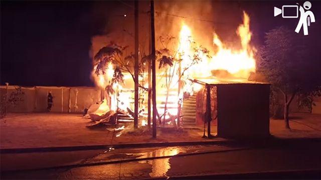 Incendio en una feria de Paysandú dejó sin nada a varias familias