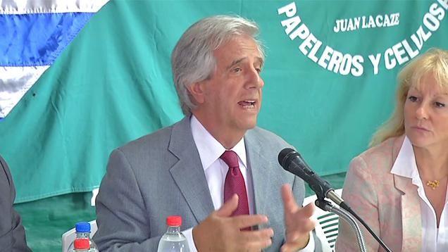 Vázquez anunció el plan del gobierno para reactivar Juan Lacaze