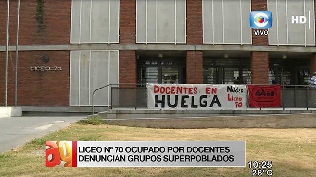 Docentes ocupan el Liceo 70; denuncian superpoblación de estudiantes