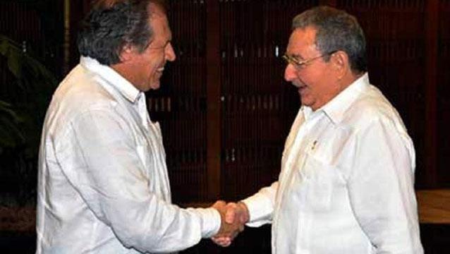 Cuba bloquea visita del excanciller Luis Almagro por aceptar Premio Payá