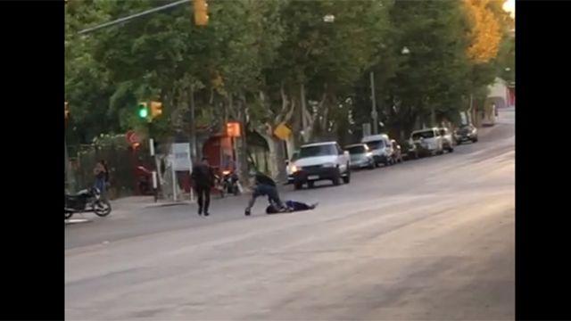 Brutal golpiza a la salida de un baile deja a un joven grave en Colonia