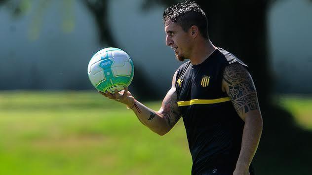 Peñarol con Cebolla, Junior, Nández y Alex Silva titulares ante Wanderers