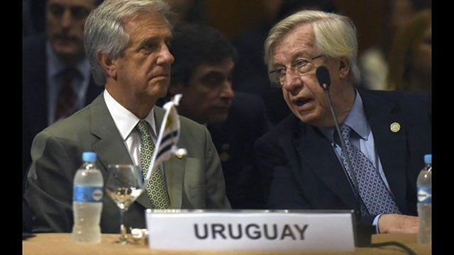 Borrador de impuestos del FA se entregará a Tabaré Vázquez el 6 de marzo