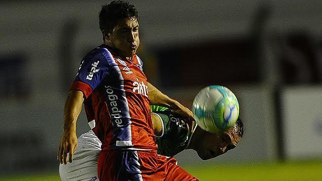 Nacional le ganó 1 a 0 a Plaza Colonia y sigue líder: el gol fue de Tata