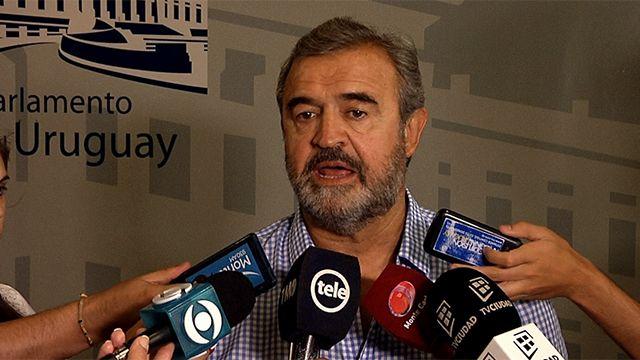 Jorge Larrañaga lanzó un nuevo grupo político nacionalista: JUNTOS
