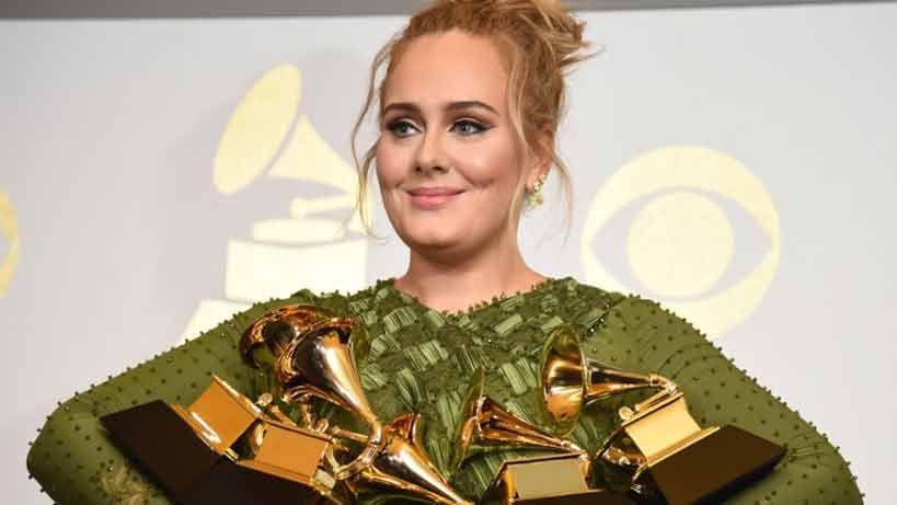 Adele arrasa en los Grammy, pero le costó creérselo. Lista de ganadores.