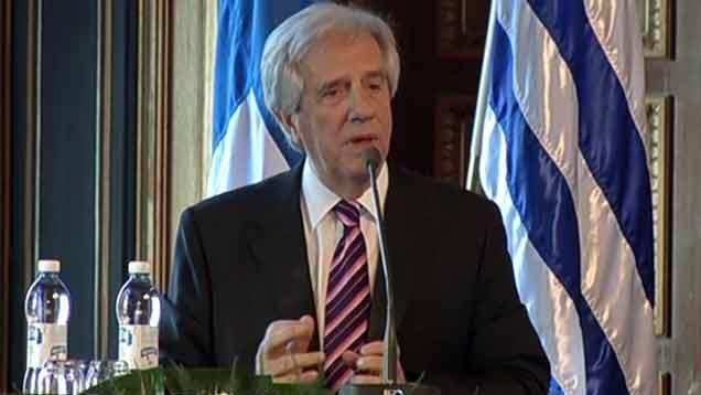 """Vázquez a empresarios finlandeses: """"Uruguay es un país confiable"""""""
