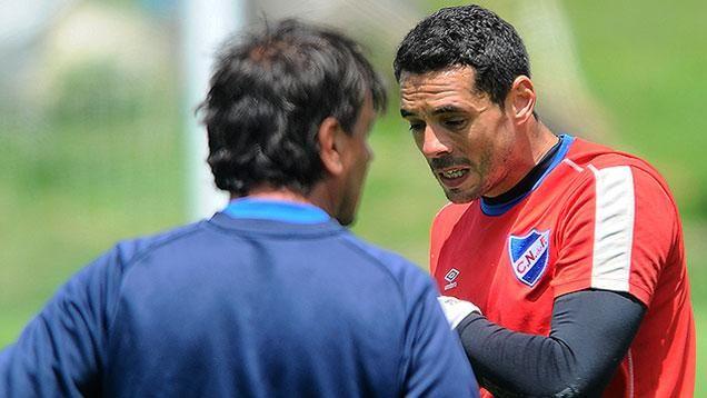 """Futbolistas analizan """"cortar el diálogo con Tenfield"""", anunció Conde"""