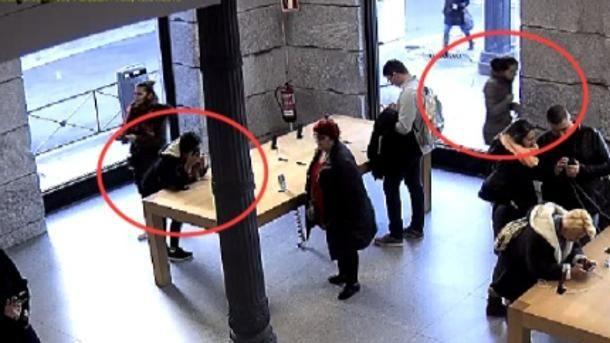 Clan rumano robó 24 IPhones a mordiscos en una tienda española