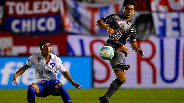 Nacional dio vuelta el partido y se impuso 2-1 ante Danubio en el GPC