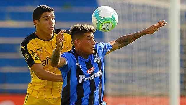 Peñarol empató 0-0 con Liverpool en su visita a Belvedere