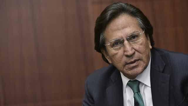 Ofrecen 30.000 dólares a quien capture a un expresidente peruano