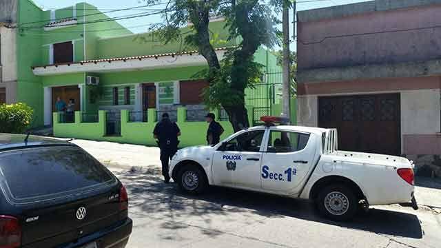 Investigan asesinato en una vivienda del centro de Rivera