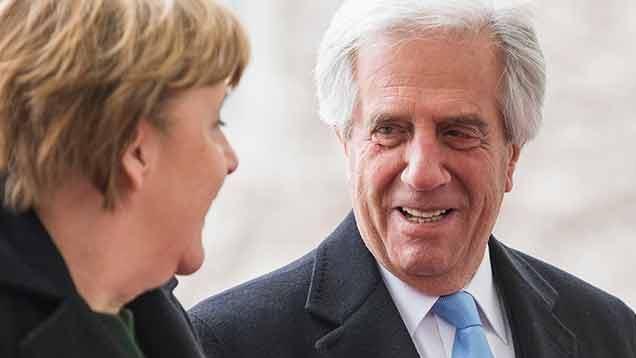 """Merkel: """"Alemania podría participar en obras de infraestructura ferroviaria"""""""