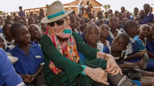 Madonna autorizada a adoptar dos niñas gemelas de Malaui