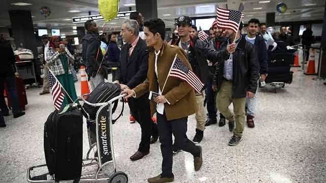 Trump contra la Justicia y el Silicon Valley por decreto antiinmigración