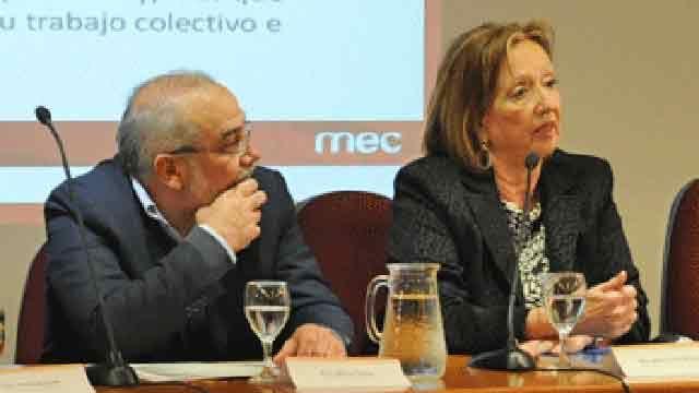 Ministra Muñoz comparó a presidente del Codicen Netto con José Pedro Varela