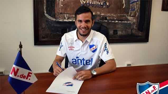 Álvaro Tata González firmó este viernes por dos años con Nacional