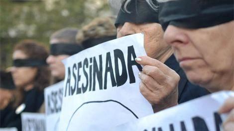 Violencia: retiran armas a 500 policías; jueces resuelven casos por teléfono