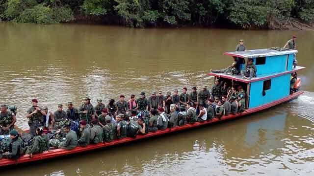 FARC avanzan en última marcha hacia zonas de desarme en Colombia