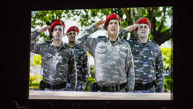 Polémica tras estreno de serie de TV sobre Hugo Chávez El Comandante