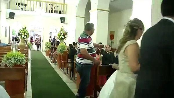 En pleno casamiento Betinho le disparó a 3 personas en venganza por su hijo
