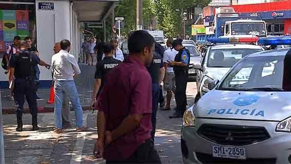 Policía que abatió a un delincuente en General Flores quedó en libertad